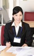ビジネススーツの女性9