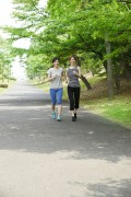 ジョギング女性2