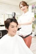 ドライする美容師4