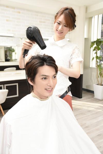 ドライする美容師8
